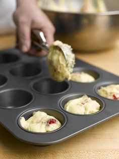 Tips and tricks on how to make the perfect cupcakes and muffins. // The Culinary Institute of America