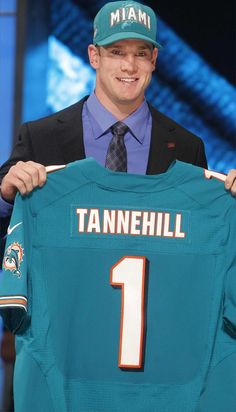 Ryan Tannehill going to Miami Dolphins