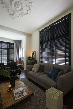 Apartment ideas renting house 51 New Ideas Apartment Furniture Layout, Apartment Interior, Apartment Ideas, Living Room Designs, Living Room Decor, Interior Window Shutters, Modern Cottage, Cool Apartments, New Homes