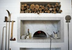 :: Havens South Designs :: likes the marble detail on this brick pizza oven.