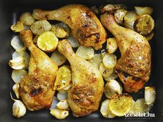Ebédre is tökéletes ez a körettel, a citromos csicsókával együtt elkészülő, vargányás fűszervajjal készített sült csirkecomb. Sausage, Chicken Recipes, Turkey, Potatoes, Vegetables, Food, Diet, Turkey Country, Sausages