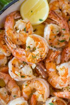 SHRIMP SCAMPI RECIPE Shrimp Scampi is the ultimate Italian Shrimp Recipe with wine, butter, garlic, red pepper flakes and a fresh squeeze of lemon juice. Easy shrimp recipes make the quickest and most delicious dinners… Spicy Shrimp Scampi Recipe, Baked Shrimp Scampi, Shrimp Linguine, Steamed Shrimp, Italian Shrimp Recipes, Shrimp Recipes Easy, Seafood Recipes, Healthy Dinner Recipes, Beef Recipes