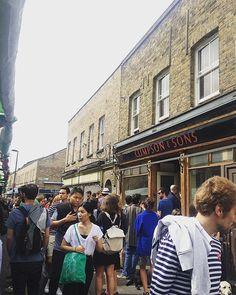 Market day!  #broadwaymarket #climpsonandsons #climpsonscafe #marketday…