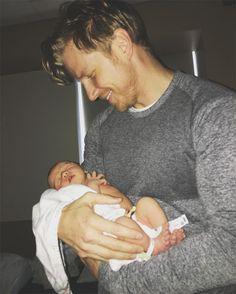Welcome to the world, Samuel Thomas Lowe! The Bachelor season 17 stars Sean Lowe and wife Catheri...