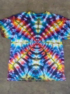 Rainbow radio wave tie dye t shirt. How To Tie Dye, How To Wear, Tie Dye Crafts, Radio Wave, Fabric Printing, Tie Dye Patterns, Tie Dye T Shirts, Tye Dye, Dyes