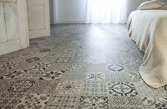 ¿Conoces los suelos vinílicos que imitan la cerámica? Descubre este estilo
