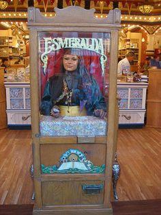 Esmerelda: Fortune Telling Machine