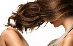 Tratamente naturale impotriva caderii parului: http://femina.rol.ro/tratamente-naturale-impotriva-caderii-parului-85292.html