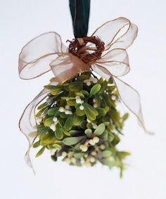 ....mistletoe...