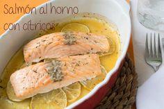 Una forma sencilla, sana y deliciosa de cocinar salmón: al horno y con cítricos. Fish Recipes, Seafood Recipes, Asian Recipes, Healthy Recipes, Delicious Recipes, Healthy Food, My Favorite Food, Favorite Recipes, Deli Food