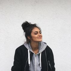 New post on fhawkes Casual Outfits, Cute Outfits, Fashion Outfits, Lazy Outfits, Winter Outfits, Gina Lorena, Selfies, Fashion Beauty, Fashion Looks