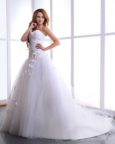 Taffeta Tulle Flowers Bridal Ball Gown Wedding Dress Sweetheart Neckline  Ball Gown,Floor Length,Dropped,Cathedral Train,Strapless,Sweetheart,Sleeveless,Hand Made Flowers,Pleats,Lace-Up,Church,Garden/Outdoor,Hall,Spring,Summer,Fall,Winter,