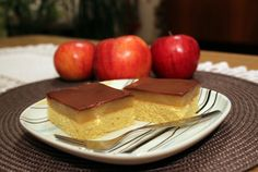 Jesenná cukráreň: Sviatočný jablkový zákusok - KAMzaKRASOU.sk Cheesecake, Desserts, Food, Tailgate Desserts, Deserts, Cheesecakes, Essen, Postres, Meals