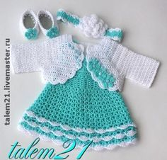 Crochet Baby Dress Crochet Baby Dress Mary Helen artesanatos croche e trico: Ve. Crochet Patterns Girl Mary Helen crafts crochet and knitting: Dresses drinks Cutencuddlyoutfits is proud to present a stunningly beautiful baby girl dress that will leave you Baby Girl Crochet, Crochet Bebe, Crochet Baby Clothes, Crochet For Kids, Baby Patterns, Crochet Patterns, Vestidos Bebe Crochet, Crochet Dresses, Baby Pullover