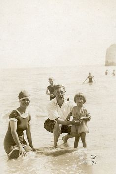 Family in the sea | Flickr - Photo Sharing!