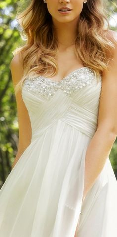 Sparkly Sweetheart Dress - i think a sweetheart neckline is very flattering as well chantal :)