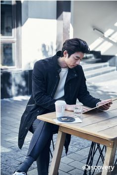 || Life was its usual and then there's Yoo ♡♡ || Gong Yoo ||Discovery EXPEDITION / F/W 2016