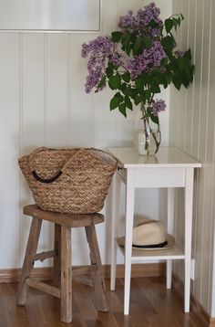 Good vibes only – Ingrid Tunheim Good Vibes Only, Bar Stools, Chair, Flowers, Furniture, Home Decor, Bar Stool Sports, Decoration Home, Room Decor