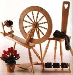 Ashford Elizabeth 2 Lacquer Spinning Wheel and Chair