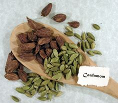 ✯ Cardamom: Cardamom can be bought ground or whole - Detoxifies the body of caffeine - Cleanses kidneys and bladder - Stimulates digestive system and reduces gas - Expectorant action - Improves circulation to the lungs and thus considered good for asthma and bronchitis - Antispasmodic - Can counteract excess acidity in the stomach - Stimulates appetite - Remedy for tendency to infection - Cures halitosis (bad breath)✯