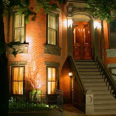Townhouse... would be perfect in Georgetown or Capitol Hill