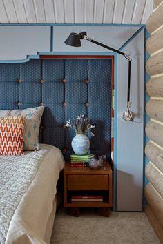 Индустриальный стиль в бревенчатыx стенаx Interior Design Presentation, Texture Design, Beautiful Interiors, Master Bedroom, Interior Decorating, Curtains, Architecture, House, Inspiration