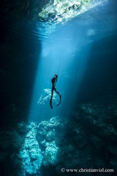 Macarena Benitez Free Diving Mexico