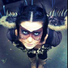 Owl costume Owl Costume Diy, Costume Makeup, Costume Dress, Halloween Crafts, Halloween Ideas, Halloween Costumes, Masquerade Costumes, Fantasy Costumes, Woodland Creatures