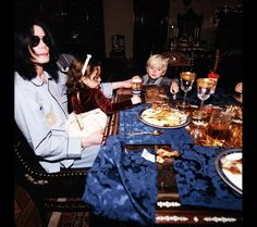 Dinner time at Michael Jackson's
