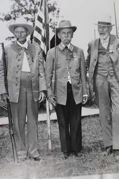 Gettysburg From The Archives: Confederate Civil War Veterans at the 1938 Gettysburg reunion. Please like and share but do not copy without proper credit: The Gettysburg Museum Of History archives.