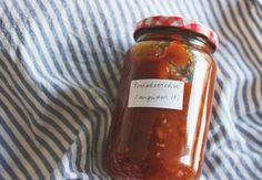 Heerlijk zoetzure tomatenrelish