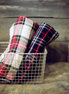 Warm and cozy blankets: http://www.stylemepretty.com/2014/12/13/20-ideas-for-a-holiday-wedding/