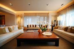 標籤: 勤美璞真 Interior Design Living Room, Interior Decorating, Interior Design Pictures, Mid Century Sofa, Beautiful Living Rooms, Curtains, House, Furniture, Minimalist Living