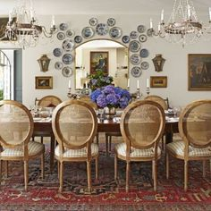 A Charming Countryside Cottage - The Glam Pad Pierre Frey, Southern Living, Southern Style, Southern Cottage, Coastal Living, Country Style, Dining Room Design, Dining Room Table, Dining Rooms