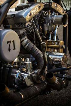 Cheap And Easy Useful Ideas: Harley Davidson Iron 883 Sportster harley davidson clothing purses.Harley Davidson Bobber Pipes harley davidson old school. Motos Harley Davidson, Vintage Harley Davidson, Harley Davidson Poster, Harley Davidson Kleidung, Harley Davidson Wallpaper, Harley Bobber, Bobber Motorcycle, Bobber Chopper, Motorbike Parts