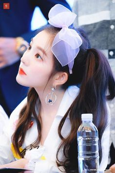 Most Beautiful and Sexy Babes!hot women Share the beauty and love. Red Velvet アイリーン, Irene Red Velvet, Wendy Red Velvet, Kpop Girl Groups, Korean Girl Groups, Kpop Girls, Seulgi, Red Velet, Girl Bands