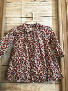 Darling long sleeve cotton dress with collar in a poppy floral print mo Long Sleeve Cotton Dress, Cotton Dresses, Collar Dress, Baby Gap, Pakistani, Poppy, Floral Prints, Sleeves, Kids