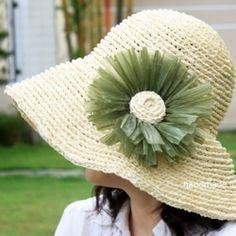 Get free written crochet pattern for this sun hat.