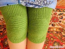 49 Best Ideas For Crochet Baby Leg Warmers Pattern Socks Crochet Baby Socks, Crochet Leg Warmers, Baby Leg Warmers, Knit Crochet, Knit Shoes, Patterned Socks, Knit Fashion, Knitting Socks, Knitting Patterns