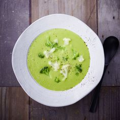 0-Punkte-Broccolisuppe Rezept | WW Deutschland 1200 Calorie Diet, 1200 Calories, Wight Watchers, Soups And Stews, Low Carb, Clean Eating, Curry, Food And Drink, Vegetarian