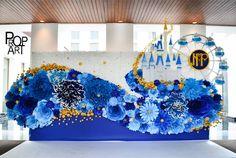 Captured with Lightshot Paper Flower Backdrop Wedding, Flower Wall Backdrop, Paper Backdrop, Floral Backdrop, Wedding Paper, Paper Flower Art, Paper Flowers Craft, Paper Flower Tutorial, Flower Crafts
