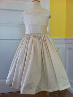 size 2-6 Ivory or white Silk and Lace Flower Girl Dress / First Communion Dress