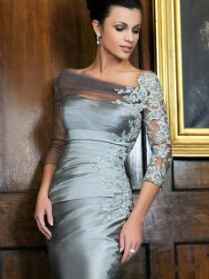 2015 distinctive silver knee length sheath mother of the bride dresses off shoulder lace long sleeves short evening gowns mothers dresses for a wedding Mob Dresses, Trendy Dresses, Plus Size Dresses, Formal Dresses, Peplum Dresses, Wrap Dresses, Party Dresses, Mother Of Groom Dresses, Mothers Dresses