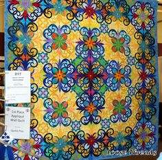 Just exquisite! This quilt won 1st place in the Applique' Wall Quilt category.  Quilt by Rachel Wetzler, St. Charles, IL.