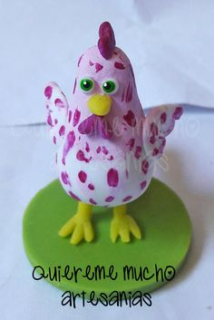 GALLINA PINTADITA SOUVENIR PORCELANA FRIA Biscuit, Clay Figures, Clay Animals, Air Dry Clay, Animals Images, Photo Displays, To My Daughter, My Design, Polymer Clay