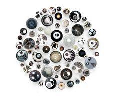 Petri Dish Paintings Mimic Colorful Microscopic Cells - My Modern Metropolis