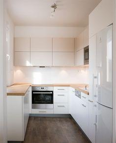 White Kitchen Design Ideas For The Heart Of Your Home - Page 13 of 68 - LoveIn Home white kitchen designs; Small White Kitchens, Small Space Kitchen, Kitchen On A Budget, Kitchen Ideas, Kitchen Craft, Small Spaces, Kitchen Cabinets Decor, Kitchen Layout, Kitchen Interior