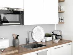 1-les-cuisines-blanches-credence-en-bois-massif-meubles-blanches-dans-la-cuisine-contemporaine