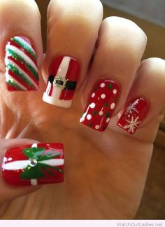 Red, white and green nails for Christmas