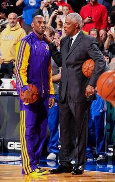 Basketball Legends, Sports Basketball, Basketball Players, Basketball Moves, College Basketball, Basketball Court, Kobe Bryant Family, Lakers Kobe Bryant, Basketball Pictures
